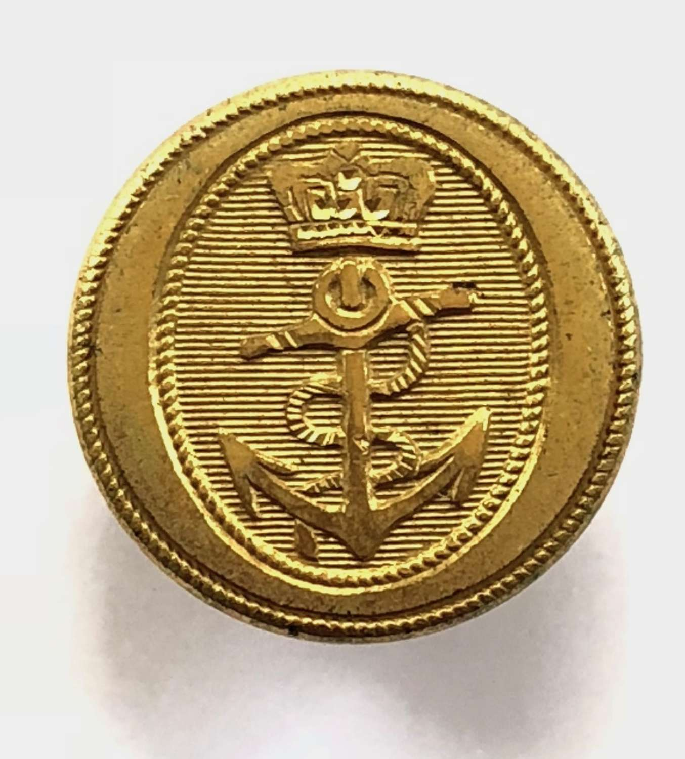 Royal Navy Captain's or Commander's fine gilt button C1795-1812.