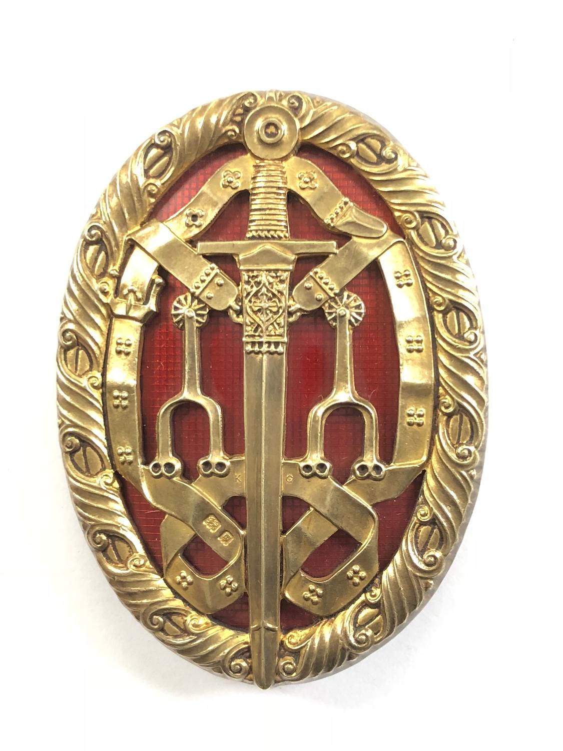 Knight Bachelor's cased 1927 Breast Badge.