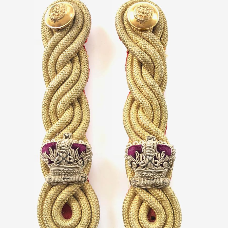 7th (Royal Fusiliers) Regiment of Foot Victorian Major's epaulettes