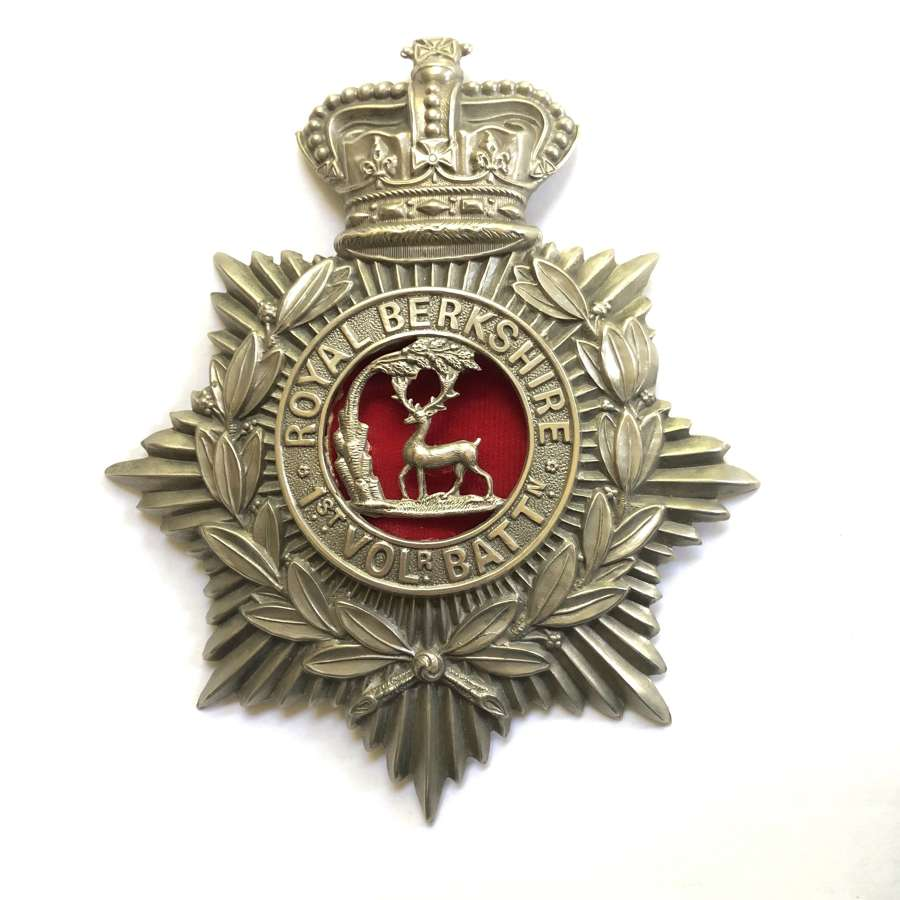 1st (Reading) VB Royal Berkshire Regiment Victorian helmet plate
